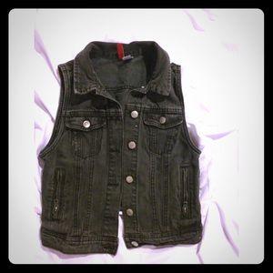 Cute Crop Demin Vest